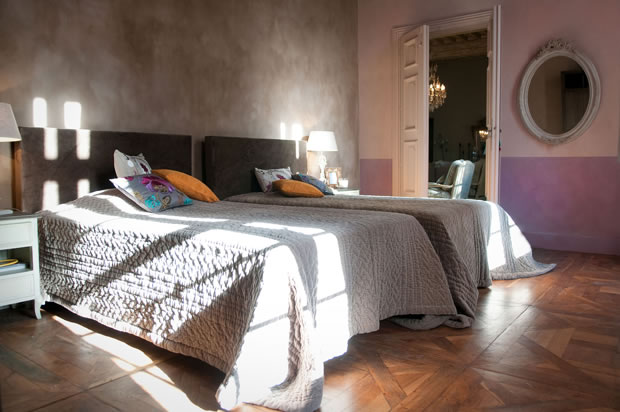 b ton cir salon habitat al s. Black Bedroom Furniture Sets. Home Design Ideas